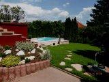 Fólia burkolatú kerti medence