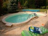 Süllyesztett víztükrű fólia burkolatú kerti medence